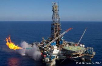 """受到瞩目!中国蓝鲸一号成功挖出可燃冰,其价值堪比""""黄金"""""""