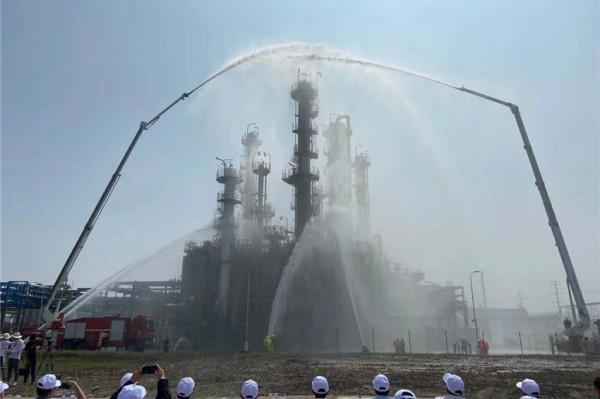 上海化工区举行化工装置突发事件应急处置综合演练